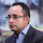 Cristi, nu fi trist, vei ajunge premierul României!