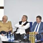 """Mircea Dinescu despre Aladin Georgescu: """"În niciun judeţ din ţară, în afara Mehedinţiului, preşedintele CJ nu vine la poezie"""""""