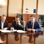 Contracte de finanţare pentru asfaltarea străzilor din Schela şi Gura Văii