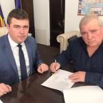 """Aladin Georgescu: """"Primarii comunelor Oprişor, Voloiac şi Vlădaia au semnat contractele de finanţare pentru obiectivele de investiţii"""""""