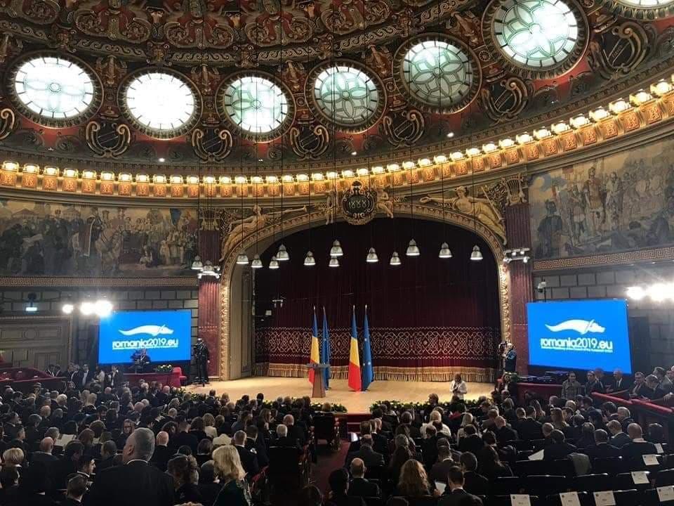 Alina_Teis_ceremonie_UE1