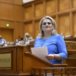 """Deputata Alina Teiş, declaraţie politică: """"NOUĂ, social – democraţilor, ne pasă într-adevăr de copiii acestei ţări!"""""""