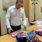 Aproximativ 800 de copii înscriși în clasa pregătitoare din Drobeta Turnu Severin vor beneficia de ghiozdan echipat cu toate rechizitele