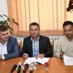 """Aladin Georgescu: """"În Malovăț începe asfaltarea ulițelor cu fonduri guvernamentale"""""""