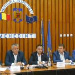 Primarul Marius Screciu a semnat alături de Ministrul Dezvoltării, Daniel Suciu, 6 contracte în valoare de 27,5 milioane euro