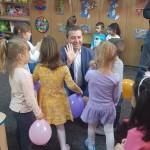 """Preșcolarii din toate grădinițele din Drobeta Turnu Severin beneficiază gratuit de o disciplină opțională la o """"limbă străină"""""""