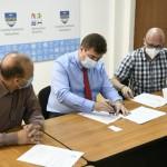 """Aladin Georgescu: """"Am semnat contractul pentru proiectarea și execuția lucrărilor la Ambulatoriul Secțiilor Pneumologie I și II din cadrul Spitalului Județean de Urgență Drobeta Turnu Severin"""""""