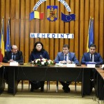 Preşedintele Consiliului Judeţean Mehedinţi, Aladin Georgescu, a semnat 4 contracte pentru finanţarea cu fonduri europene