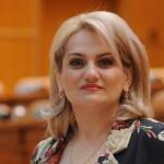"""Deputata Alina Teiş, declaraţie politică: """"Moțiunea de cenzură nu va trece!"""""""