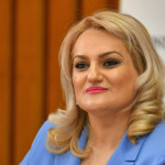 """Deputata Alina Teiş, declaraţie politică: """"Salarii tăiate și  fără vouchere de vacanță: un film pe care cu toții l-am mai văzut!"""""""