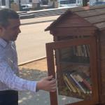 Prima bibliotecă în aer liber din Drobeta Turnu Severin, în parcul central
