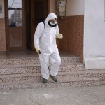 Noi măsuri de combatere a coronovirului în Severin: covoare pentru intrarea în blocuri îmbibate cu dezinfectant, dezinfectarea balustradelor, mânerelor de la ușile de intrare